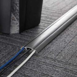 Cord protector kabelbeschermer grijs 1,52 m
